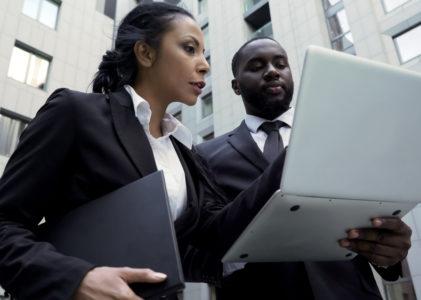 Pourquoi recourir à un avocat pour le règlement d'une succession?