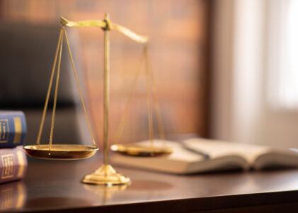 Sociétés commerciales : quand et pourquoi faire appel à un cabinet juridique ?